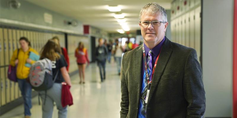 Dr. Kenneth Hayes