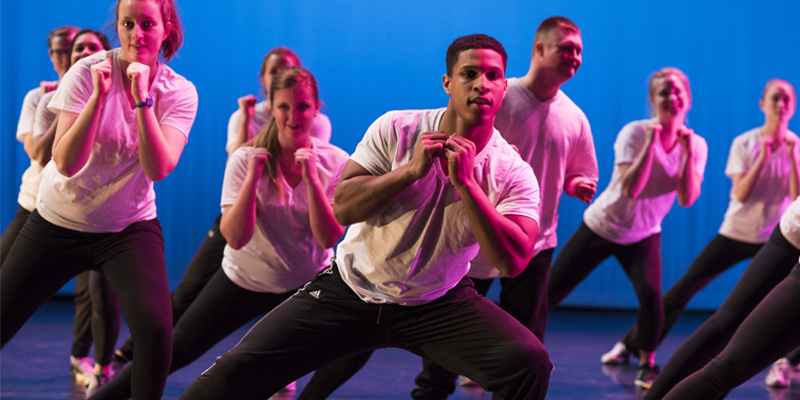 Students performing in RUSH dance concert