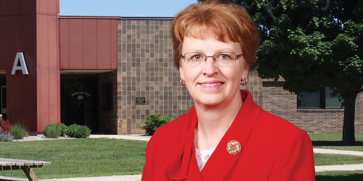 Dr. Alethea Stubbe, president of Northwest Iowa Community College, received the 2016 Outstanding Chief Administrator Award from the Iowa Association of Community College Trustees.